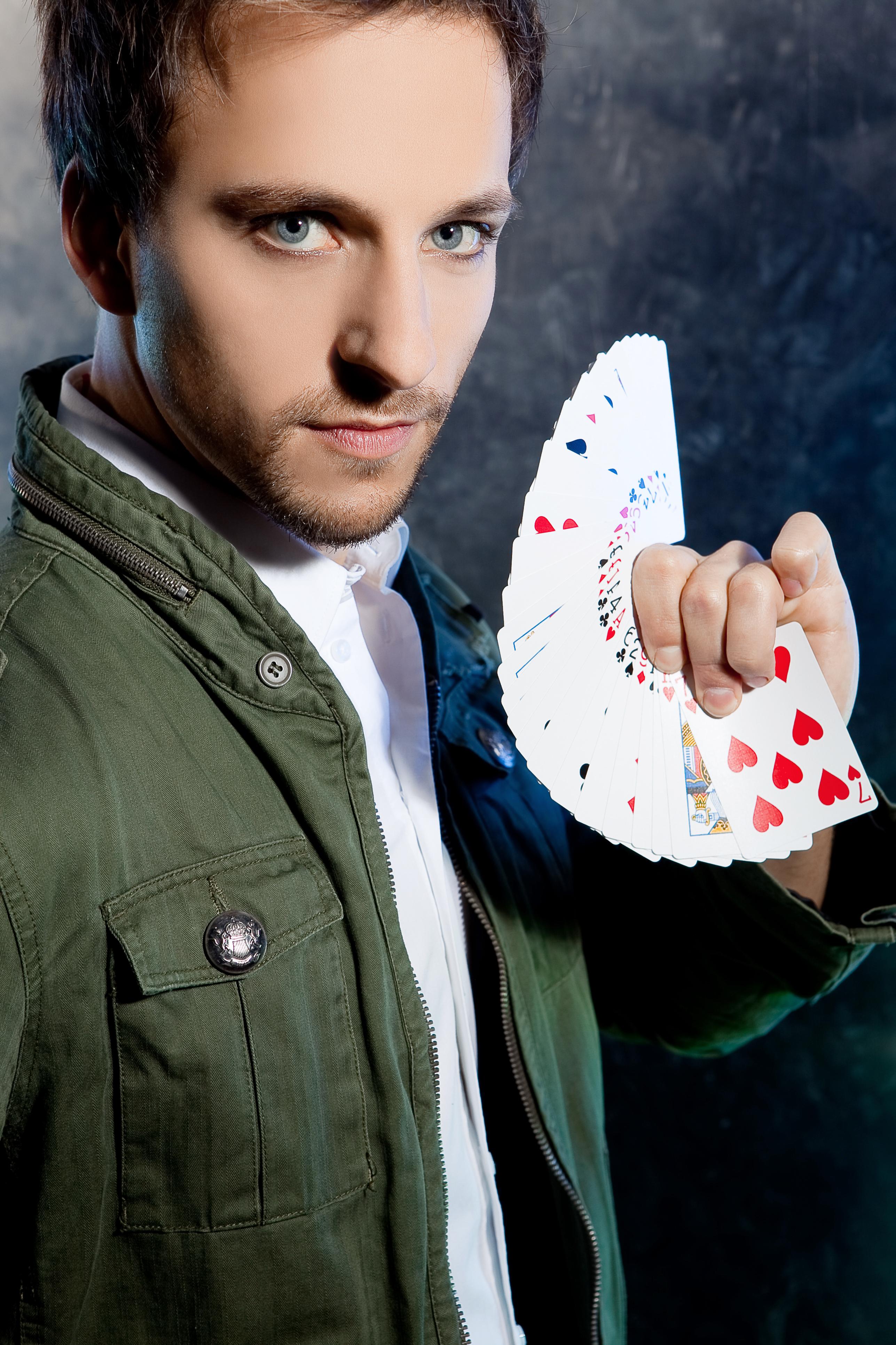Das ist insofern bemerkenswert, weil Peter Valance doch eigentlich selbst hauptberuflich Zauberer ist. - Bild-0128