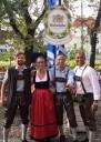 Das Serviceteam im Maria & Josef freut sich auf die Wiesn (Foto Maria & Josef)