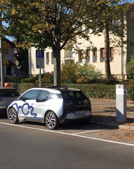 E-mobilität: KLIG sorgt für Ladestation am Alfred-Grenander-Platz