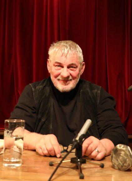 Wannsee: Heinz Hoenig liest in der Moorlake