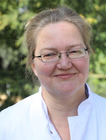 Unsere Ärzte (9): Dr. Katja Warnecke – Die Osteologie  beschäftigt sich mit den Knochen!