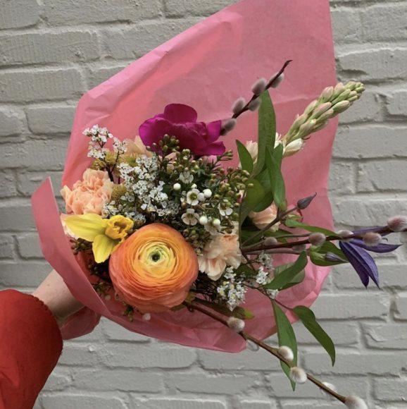 Die Blumenbinderin vom Schlachtensee: Garage des Fleurs hegt eine Leidenschaft für Blumen!