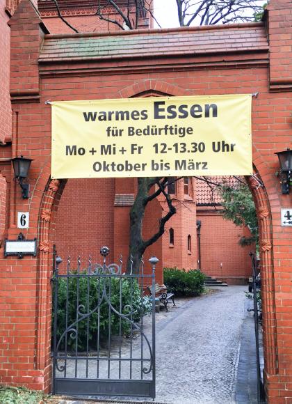 Zehlendorf: Essen für die Armen – Ev. Paulusgemeinde startet in Kooperation mit der milaa gGmbH in eine neue Saison Kältehilfe