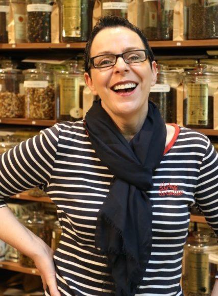 """Das kleine Teehaus: Margit Klutke ist seit zehn Jahren die """"Tee-Dealerin""""!"""