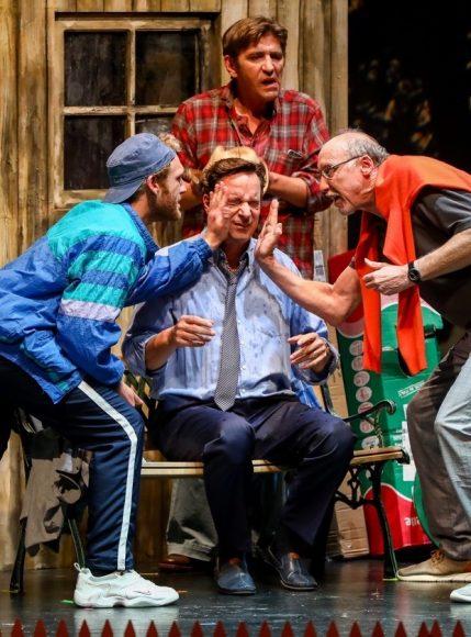 Ein seltsames Paar: Neil Simons humoriges Stück feierte Premiere in Steglitz!