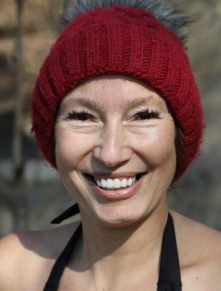 Eisbaden in Schlachtensee: Juliane Seifert springt gern in die eiskalten Fluten!