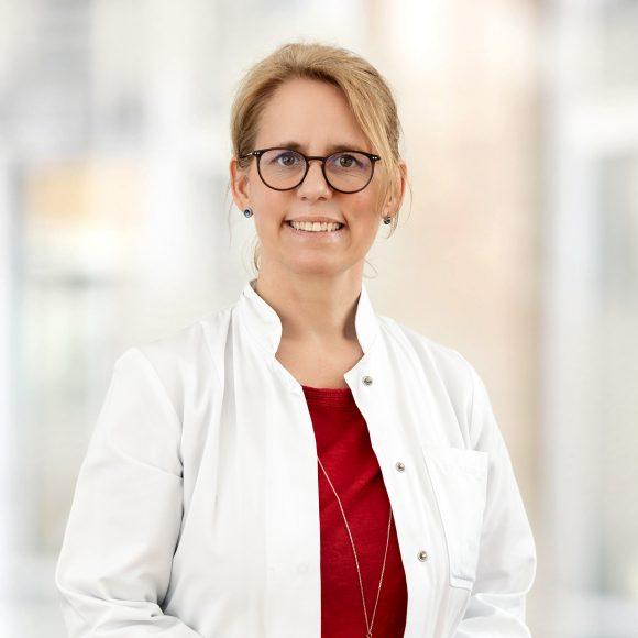 Dr. med. Wiebke Nehls übernimmt Chefarztposition an der neuen Klinik für Palliativmedizin und Geriatrie