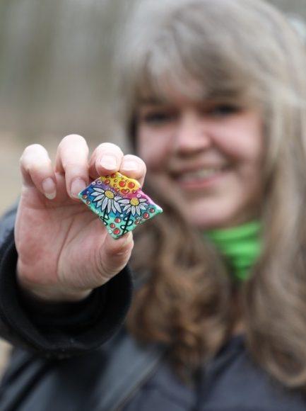 Spreestones aus Berlin: Bemalte Steine zaubern einem ein Lächeln ins Gesicht!