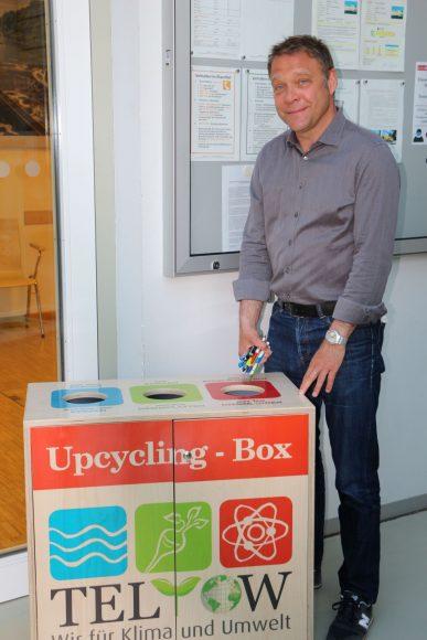 Teltow hat jetzt eine Upcycling-Box: Kerzenreste, Korken und Kugelschreiber werden wiederverwertet